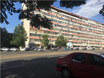 Vanzare spatiu comercial zona Stefan Cel Mare, suprafata 178 mp.